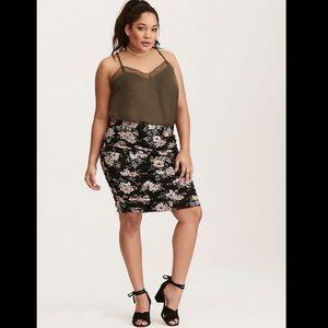 Torrid shirred floral print mini knit skirt black